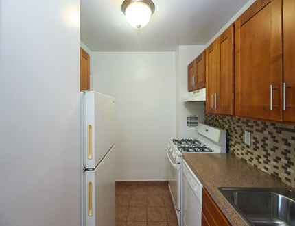 1 Bedroom, Flushing Rental in NYC for $1,954 - Photo 1