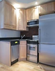 2 Bedrooms, Murray Hill Rental in NYC for $3,595 - Photo 2