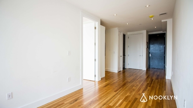 1 Bedroom, Ocean Hill Rental in NYC for $2,100 - Photo 2