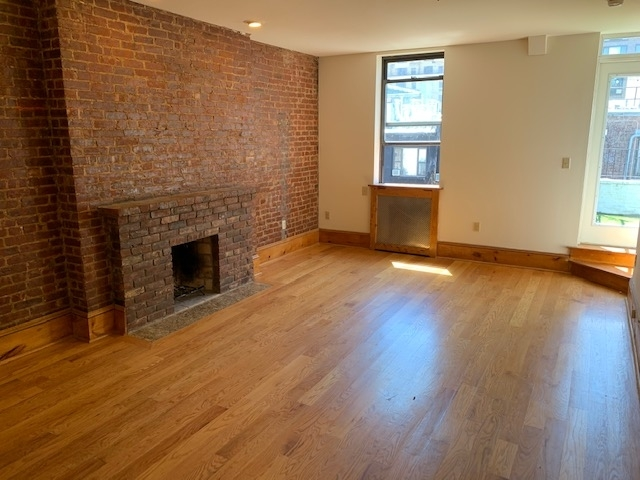 3 Bedrooms, Lincoln Square Rental in NYC for $6,150 - Photo 2