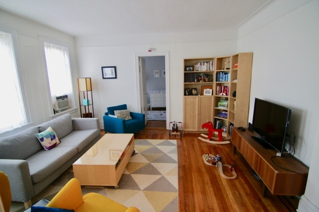 2 Bedrooms, Steinway Rental in NYC for $2,850 - Photo 2