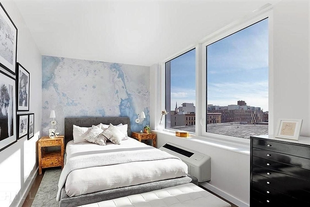 1 Bedroom, Greenpoint Rental in NYC for $3,626 - Photo 2