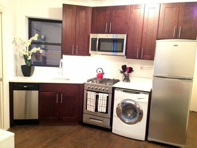 3 Bedrooms, Alphabet City Rental in NYC for $4,596 - Photo 2