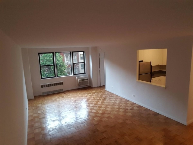 2 Bedrooms, Gramercy Park Rental in NYC for $3,750 - Photo 2
