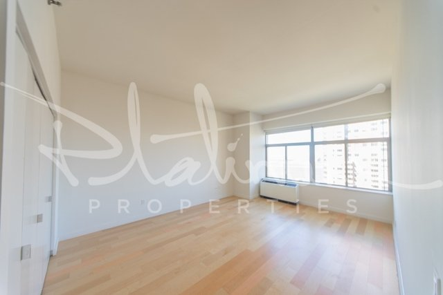 3 Bedrooms, Financial District Rental in NYC for $6,278 - Photo 1