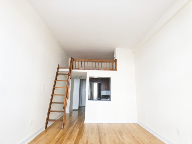 Loft, NoHo Rental in NYC for $3,295 - Photo 2