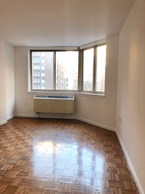 2 Bedrooms, Kips Bay Rental in NYC for $3,650 - Photo 2