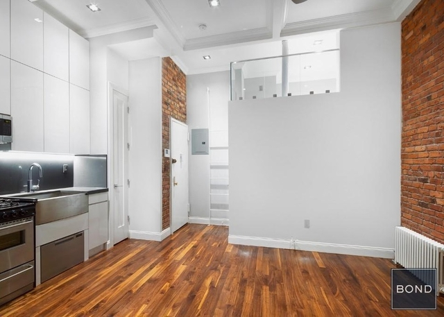 2 Bedrooms, West Village Rental in NYC for $5,290 - Photo 1