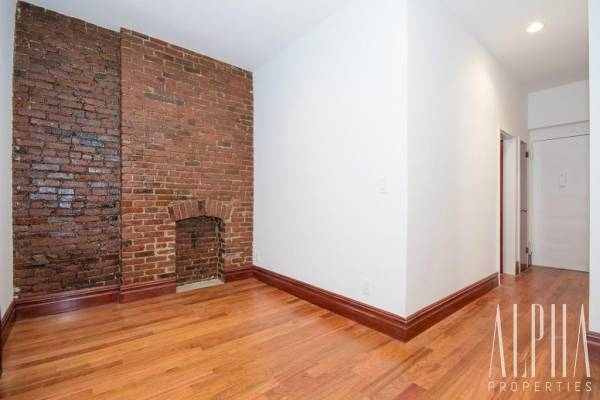 1 Bedroom, Chelsea Rental in NYC for $2,975 - Photo 2