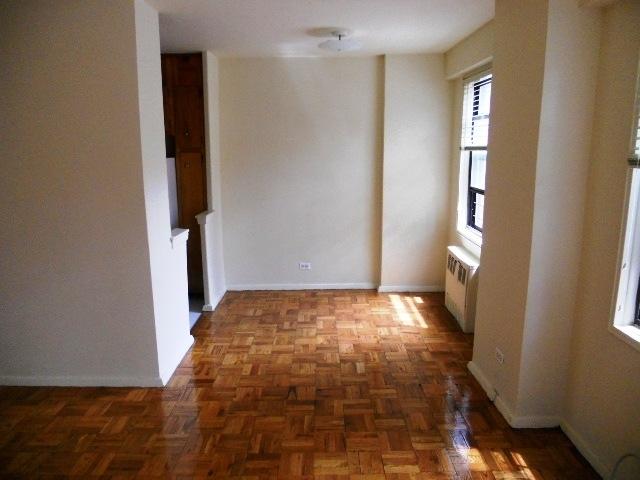1 Bedroom, Kew Gardens Rental in NYC for $1,836 - Photo 1