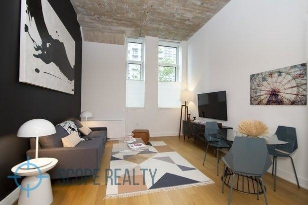 1 Bedroom, Long Island City Rental in NYC for $3,825 - Photo 2