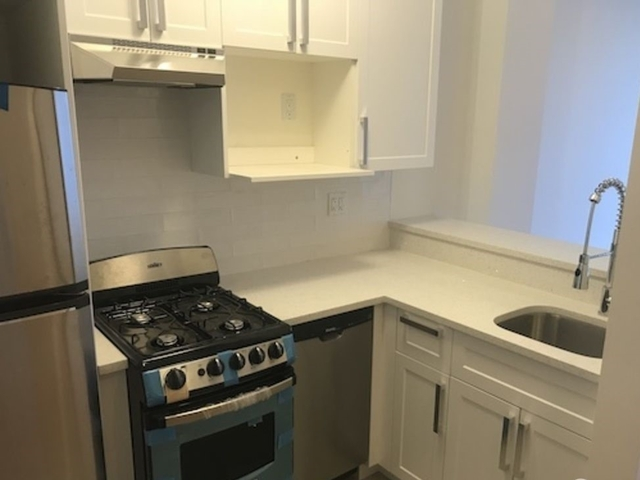 3 Bedrooms, Financial District Rental in NYC for $5,250 - Photo 2