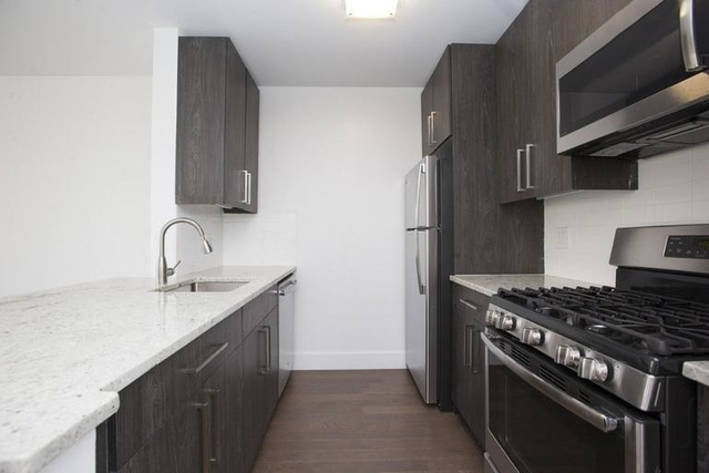 Studio, Battery Park City Rental in NYC for $3,200 - Photo 2