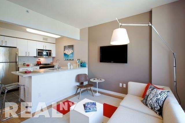 1 Bedroom, Williamsburg Rental in NYC for $3,475 - Photo 1