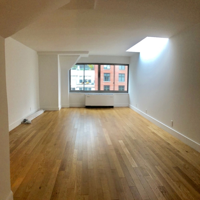 1 Bedroom, Upper East Side Rental in NYC for $3,992 - Photo 1