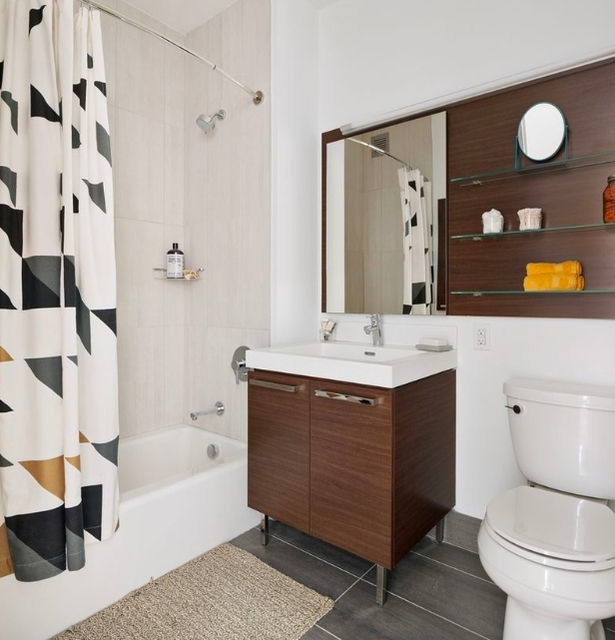 1 Bedroom, Long Island City Rental in NYC for $4,174 - Photo 2