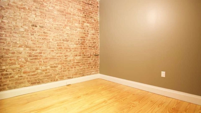 Room, Bedford-Stuyvesant Rental in NYC for $699 - Photo 2