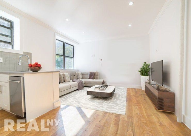 3 Bedrooms, Chelsea Rental in NYC for $5,870 - Photo 1