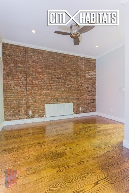 3 Bedrooms, East Village Rental in NYC for $5,511 - Photo 2