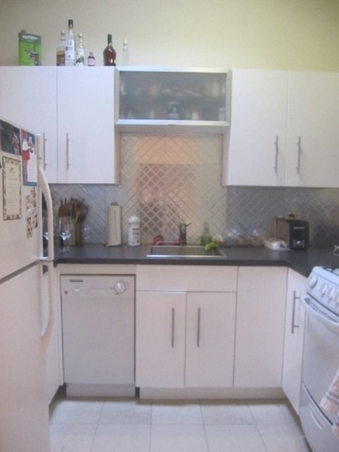 3 Bedrooms, Upper East Side Rental in NYC for $4,100 - Photo 2