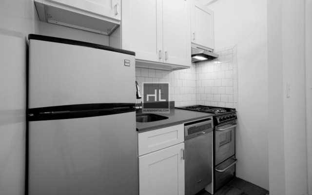 Studio, Chelsea Rental in NYC for $2,750 - Photo 2