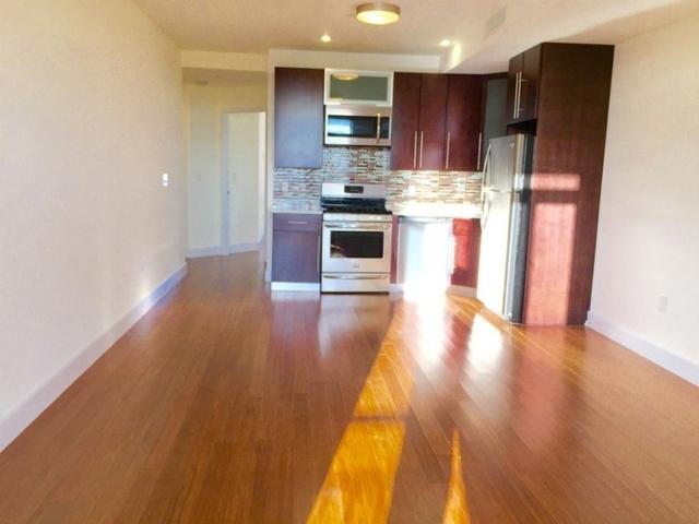 2 Bedrooms, Astoria Rental in NYC for $3,400 - Photo 2