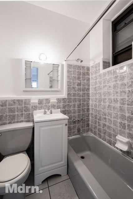Studio, Yorkville Rental in NYC for $1,840 - Photo 2