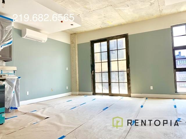 Studio, Williamsburg Rental in NYC for $3,063 - Photo 1
