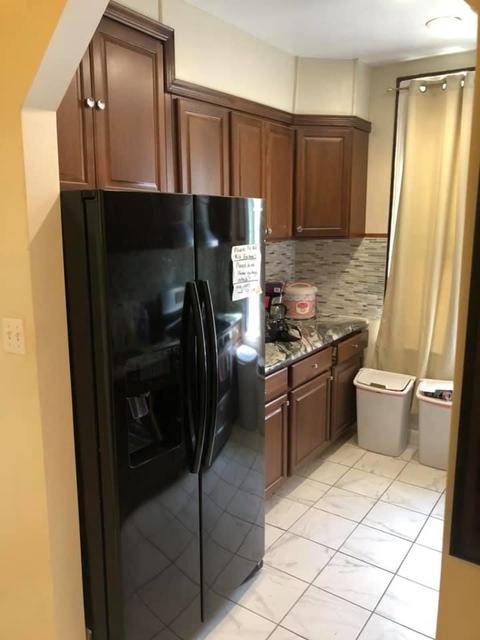 4 Bedrooms, Astoria Rental in NYC for $3,300 - Photo 1