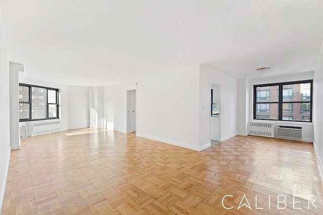 2 Bedrooms, Greenwich Village Rental in NYC for $6,795 - Photo 1