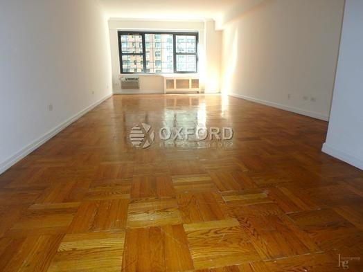 2 Bedrooms, Midtown East Rental in NYC for $6,200 - Photo 2