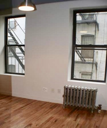 2 Bedrooms, Alphabet City Rental in NYC for $2,499 - Photo 1