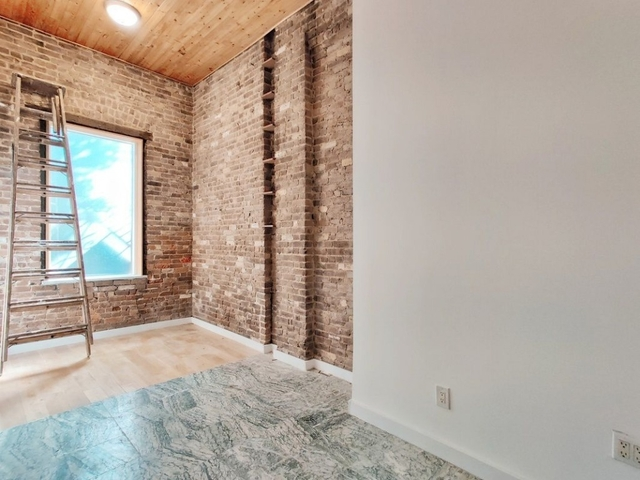 4 Bedrooms, East Village Rental in NYC for $8,500 - Photo 2