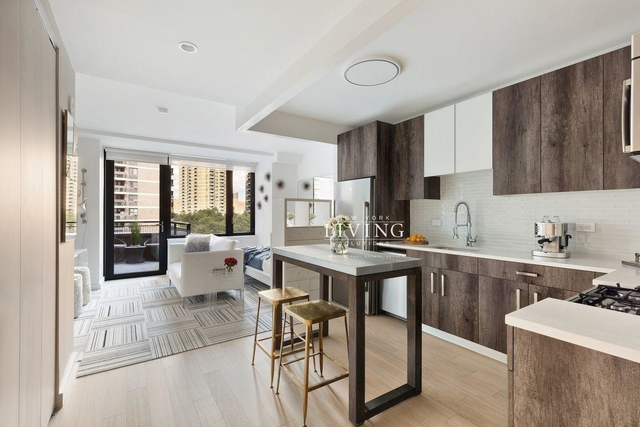 1 Bedroom, Financial District Rental in NYC for $6,395 - Photo 2