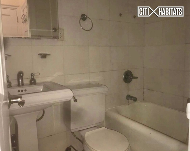 Studio, East Village Rental in NYC for $3,098 - Photo 2