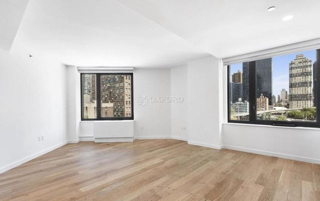 2 Bedrooms, Hell's Kitchen Rental in NYC for $6,658 - Photo 2