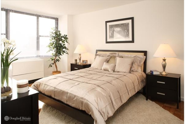 2 Bedrooms, Chelsea Rental in NYC for $7,900 - Photo 1