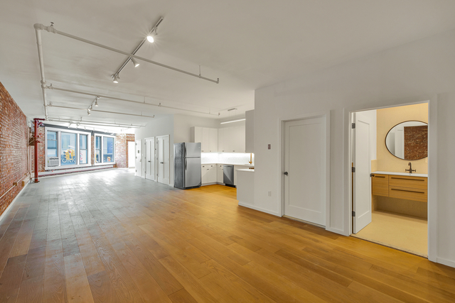 2 Bedrooms, Chinatown Rental in NYC for $8,495 - Photo 1