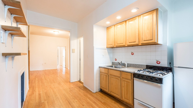 1 Bedroom, Greenpoint Rental in NYC for $2,600 - Photo 2
