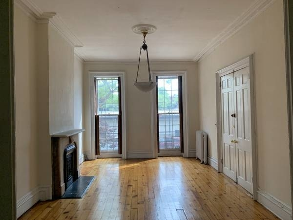 3 Bedrooms, Central Slope Rental in NYC for $6,300 - Photo 2