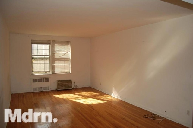 Studio, Sutton Place Rental in NYC for $2,135 - Photo 1