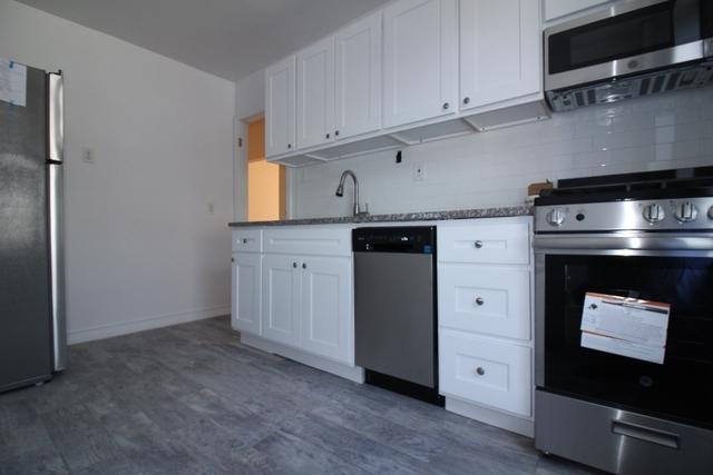 1 Bedroom, Bensonhurst Rental in NYC for $1,700 - Photo 1