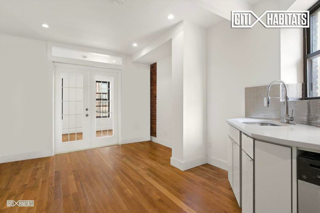 2 Bedrooms, Two Bridges Rental in NYC for $2,933 - Photo 1