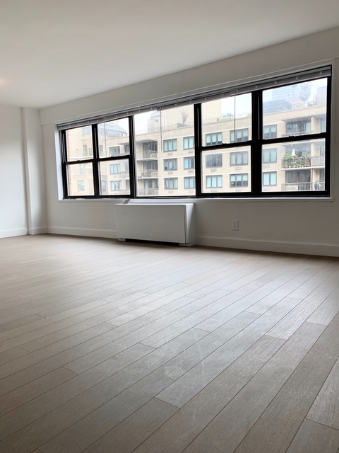 3 Bedrooms, Rose Hill Rental in NYC for $6,250 - Photo 2