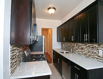 2 Bedrooms, Murray Hill, Queens Rental in NYC for $2,375 - Photo 1