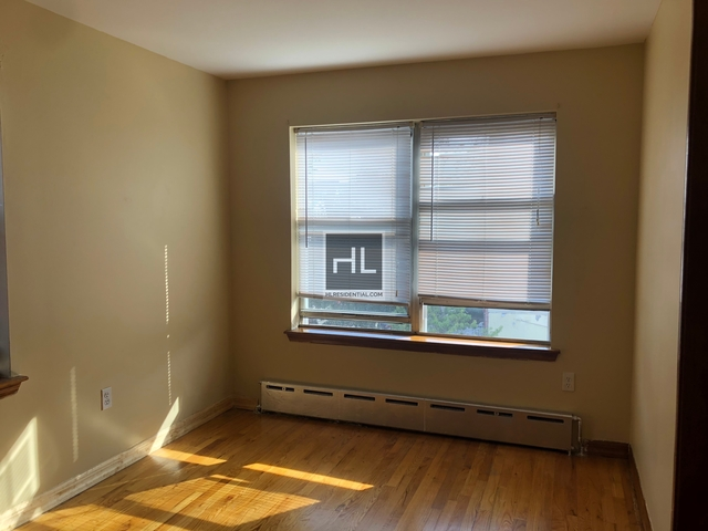4 Bedrooms, Ditmars Rental in NYC for $2,900 - Photo 1