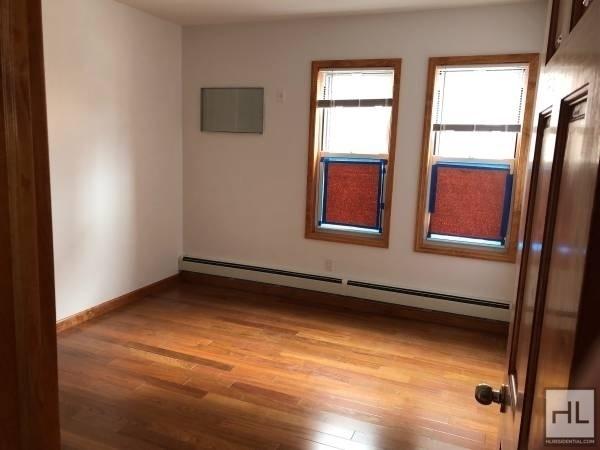 3 Bedrooms, Bensonhurst Rental in NYC for $2,100 - Photo 2
