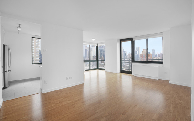 3 Bedrooms, Lincoln Square Rental in NYC for $8,750 - Photo 1