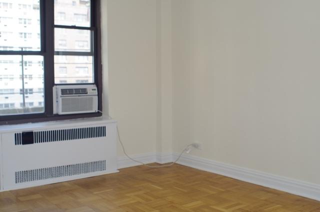 2 Bedrooms, Midtown East Rental in NYC for $5,125 - Photo 2