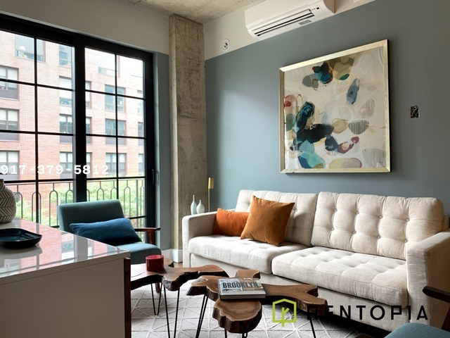 Studio, Williamsburg Rental in NYC for $2,842 - Photo 2
